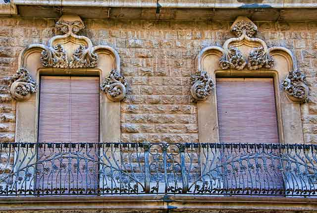 Balcón de la Casa Salas (Tarragona), obra de Ramon Salas (1907) / Carme Ribes Moreno