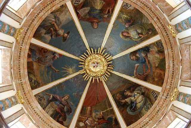 Cúpula de tambor de la capilla del Santísimo en la Catedral de Tarragona / Tomàs Badia Navarro