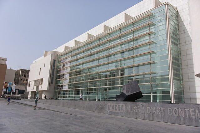 Edificio principal del MACBA